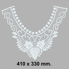 CUELLO BORDADO 584612.000.0001 BLANCO 410x330 mm.