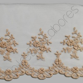PUNTILLA DE TUL BORDADO - EMBROIDERY I672 C.T3 CÁMEL 130 mm.